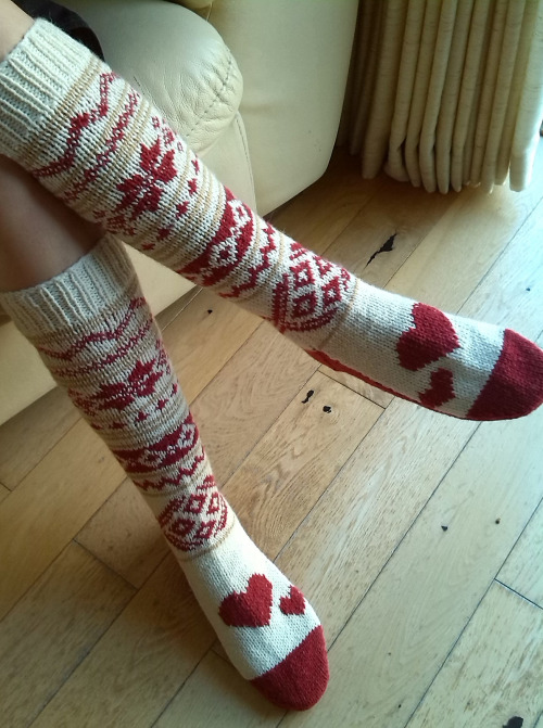 knee socks.jpg