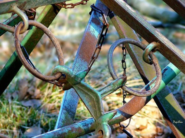 metal-chain.jpg
