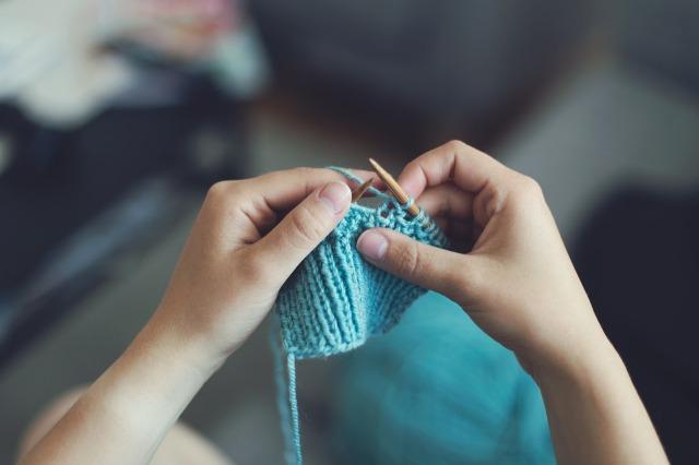 aqua knitting n hands.jpg