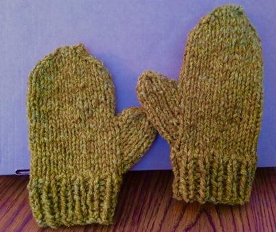 gold-mittens