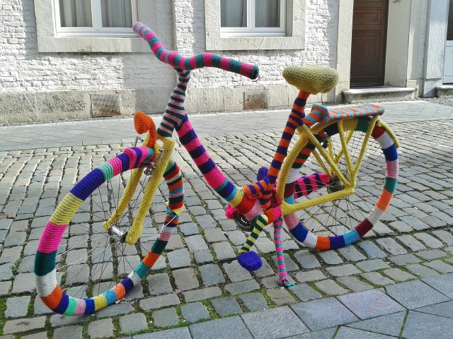 yarnbombed bike.jpg