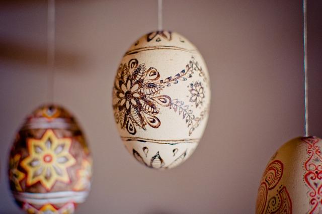 easter-eggs-1288413_640.jpg